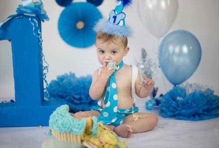 arpna photography photoshoot baby smashing cake
