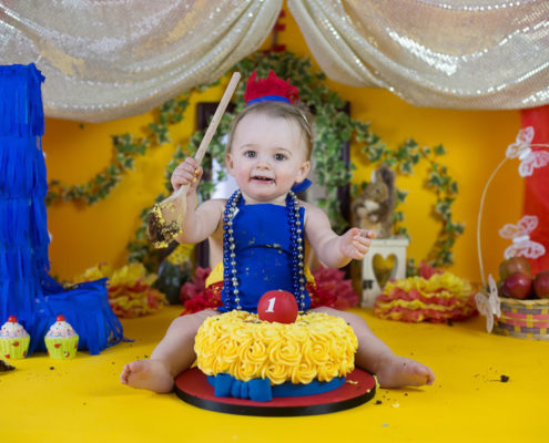 best photographer bangalore cake smash first birthday