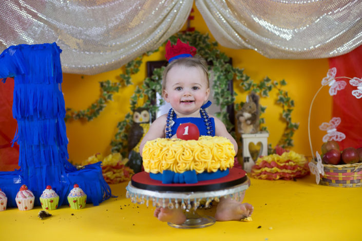 cake smash india birthday party photographer
