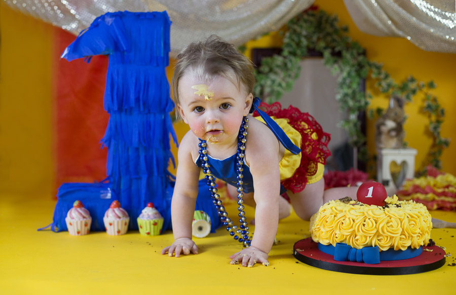 cake smash first birthday shoot india bangalore