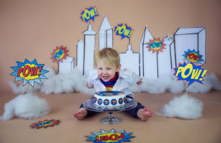 cake smash white field bangalore photographer baby photoshoot