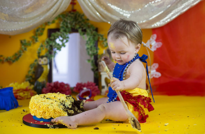 cake smash photography by arpna bangalore