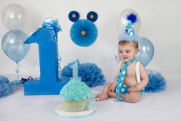 arpna photography blue theme cake smash rajaji nagar