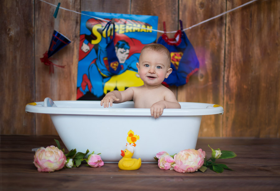 arpna photography cute baby in bath tub