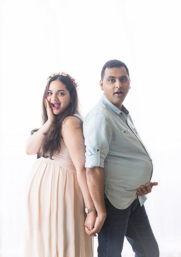 funny quarkey maternity pregnancy karnataka photography bangalor